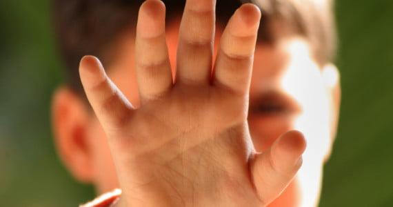 Bambini maltrattati: i segnali da cogliere per aiutarli • Centro Il Grillo Parlante • Pisa